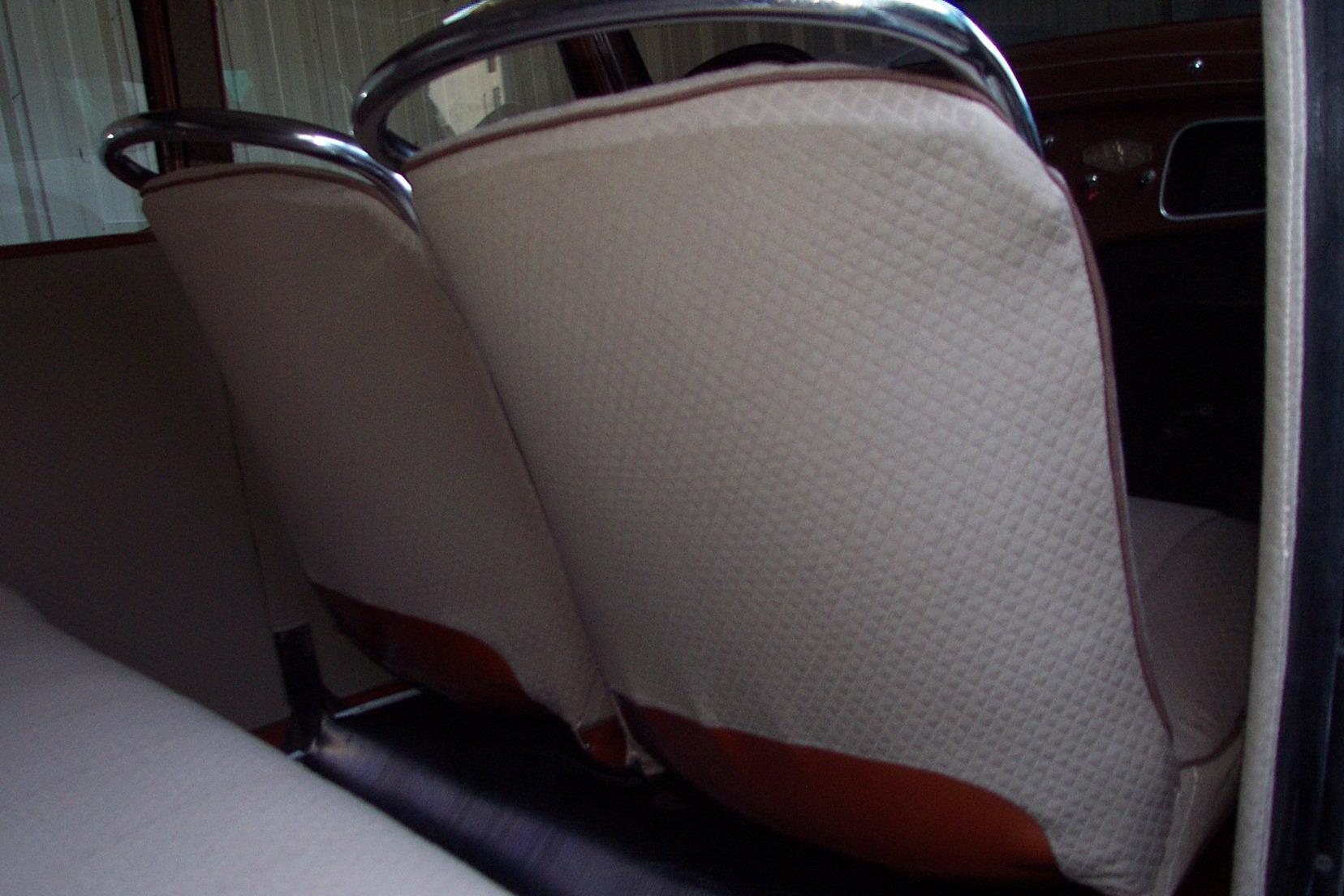 Dossiers sièges AV